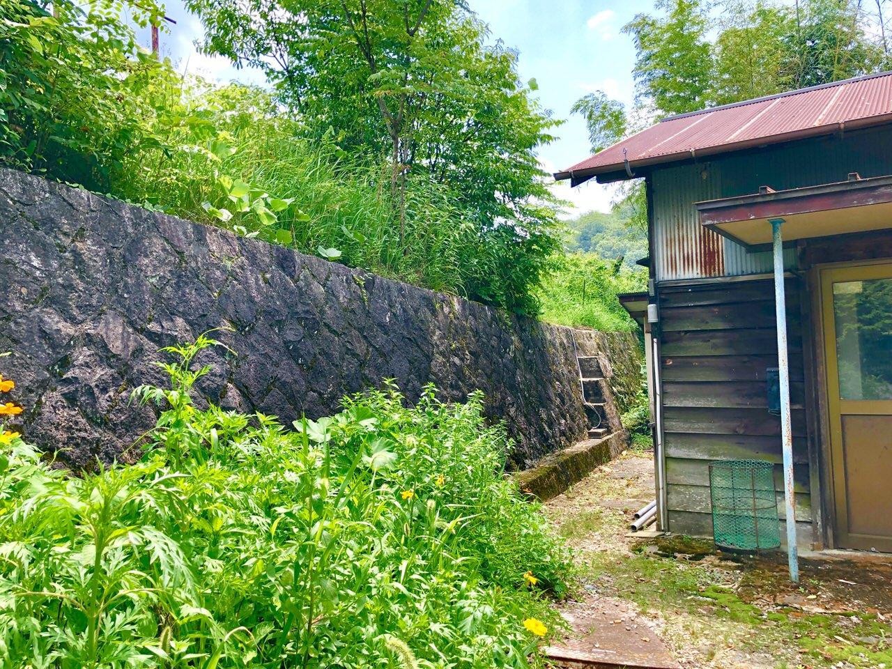 木曽川橋梁撮影スポットへの階段