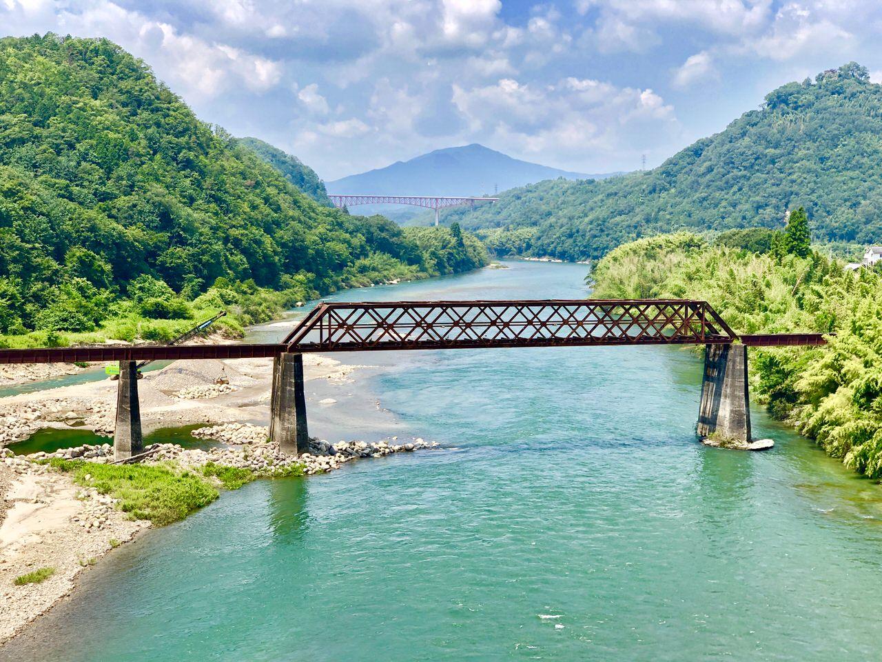 木曽川橋梁を玉蔵大橋から撮影
