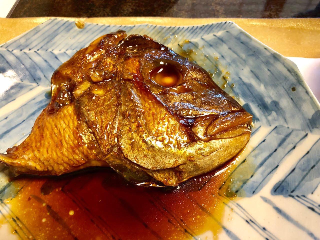 恵那市の食事水半茶寮の鯛の煮付け