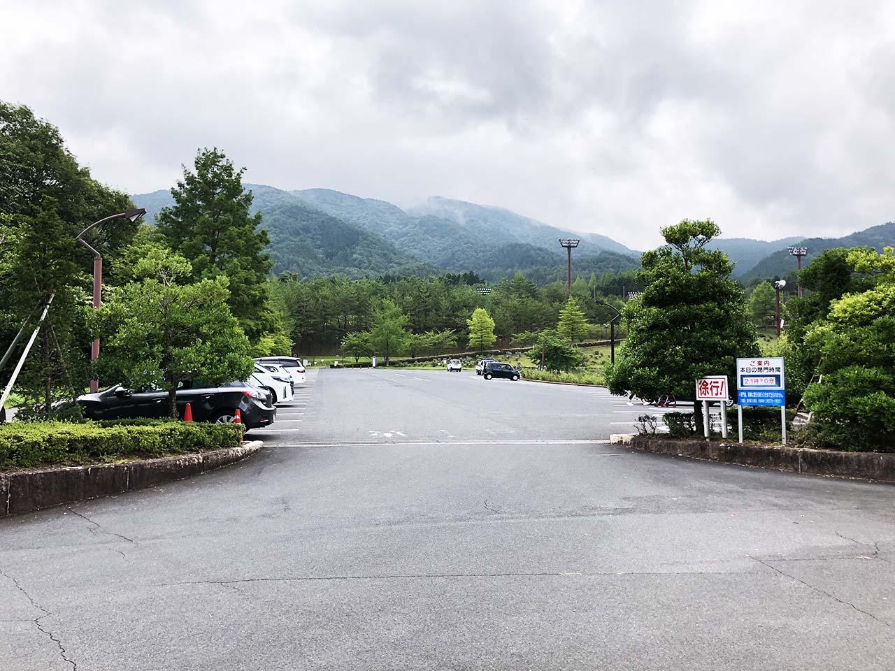 中津川公園の第1駐車場