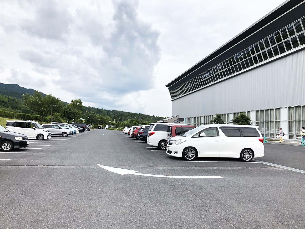 中津川公園の第3駐車場の中