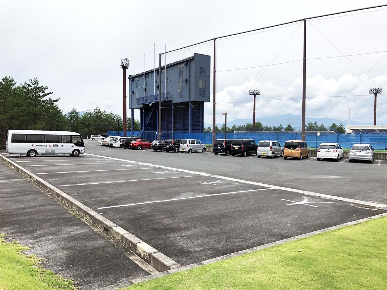 子供と遊ぶ公園中津川市の中津川公園の第6駐車場