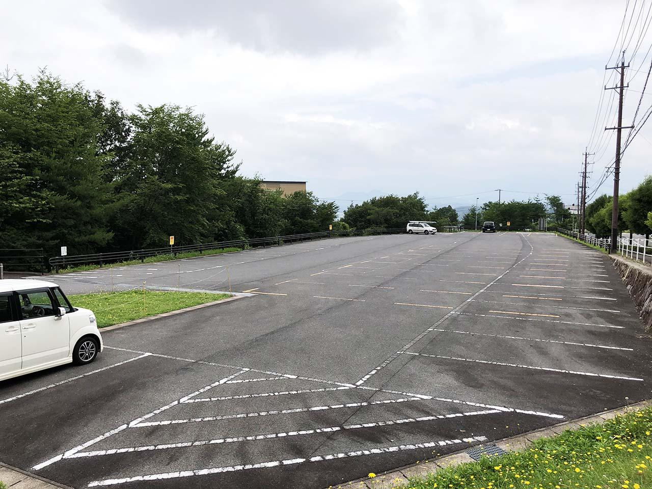子供と遊ぶ公園中津川市の中津川公園の第7駐車場