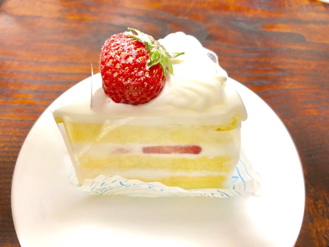 パティスリーシュシュのスイーツいちごのショートケーキ