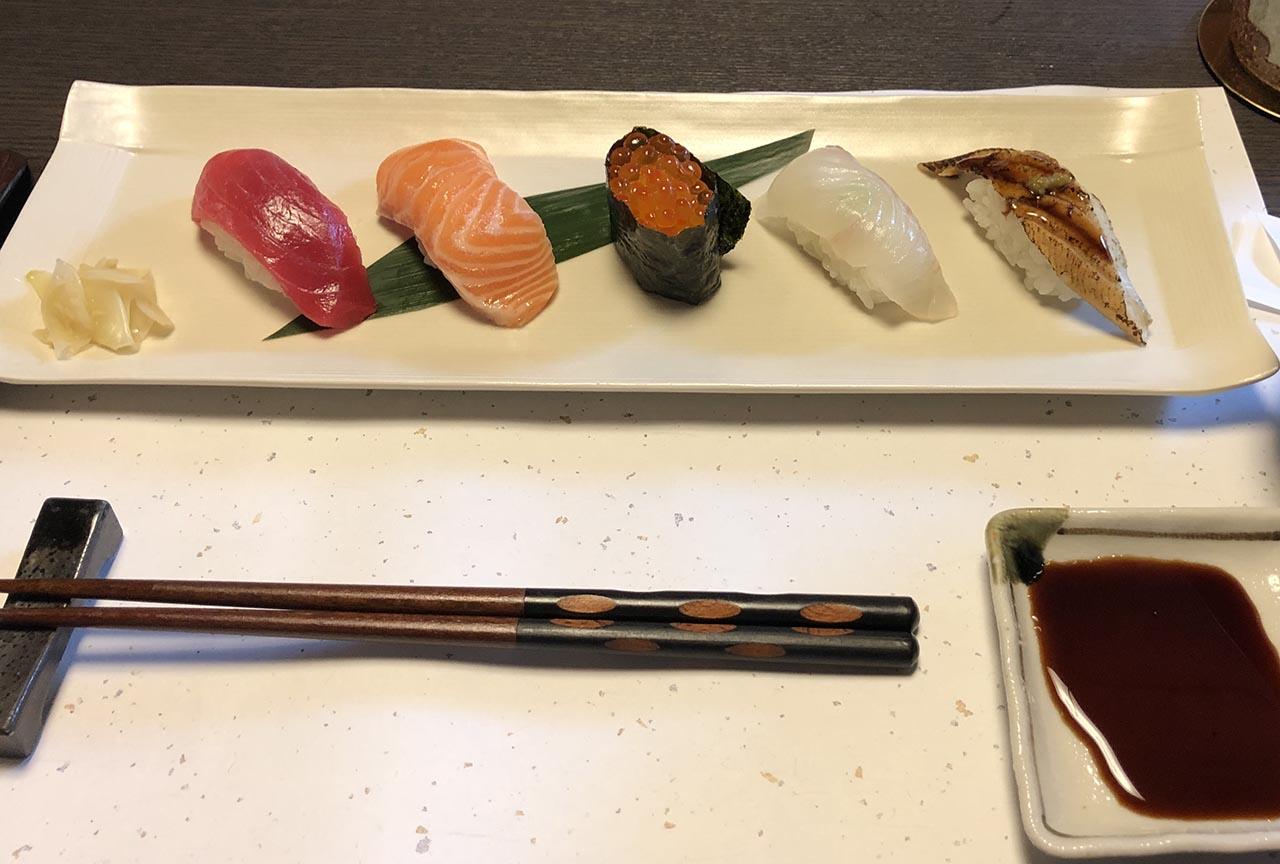 鮨幸の会席ランチのお寿司