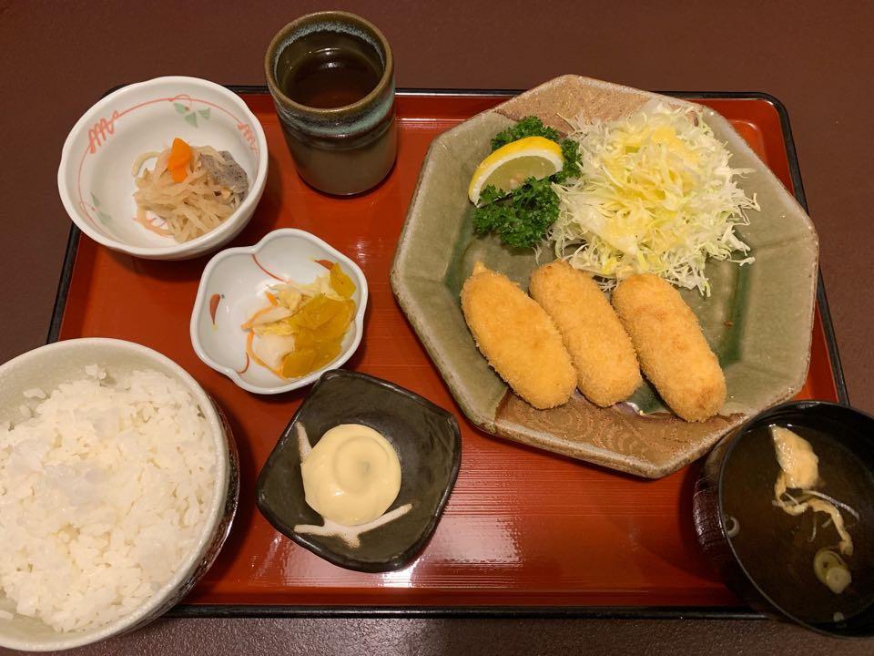 恵那 駅前 和洋亭 ますき カニクリームコロッケ