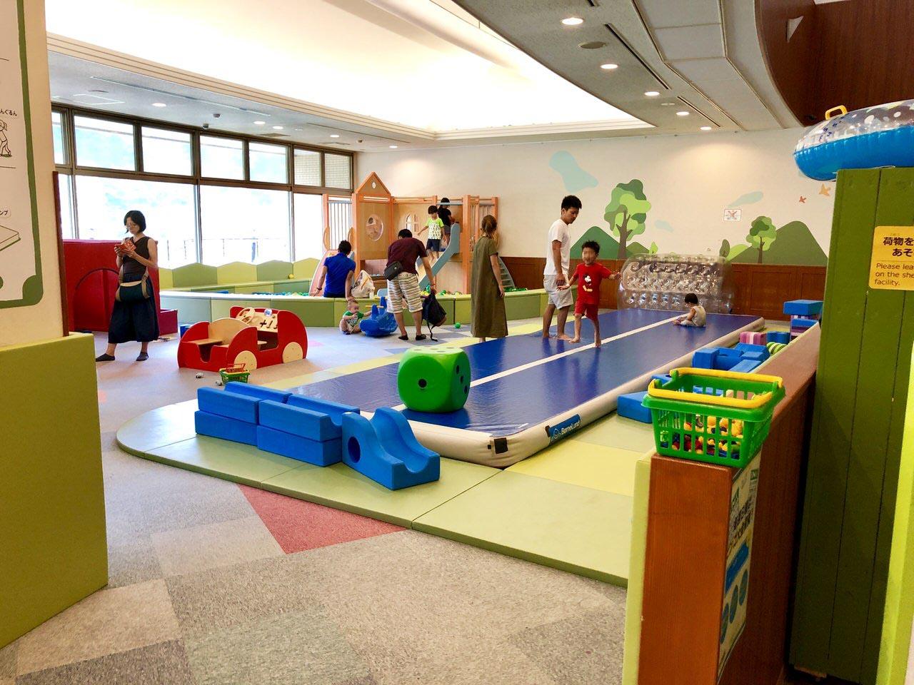 中津川のクアリゾートの子供の遊び場